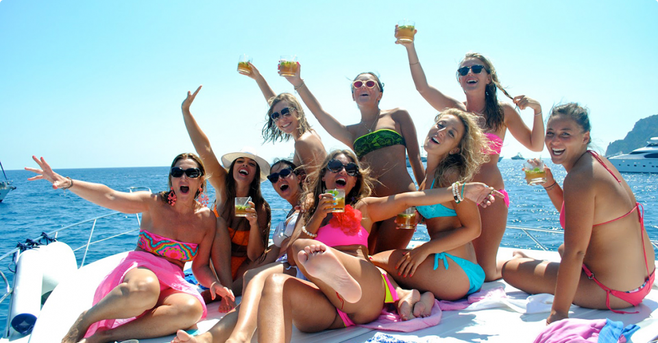girls on party boat
